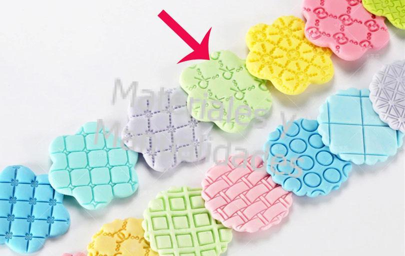 Molde plastico para decorar pasta galletas y manualidades